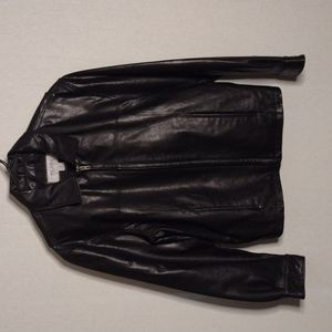 Wilsons Leather M. Julian black leather jacket  Size small